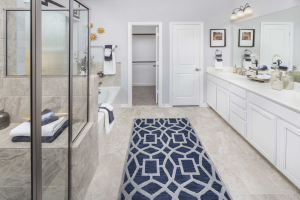 Lennar at Lakes of Savannah Master Bathroom