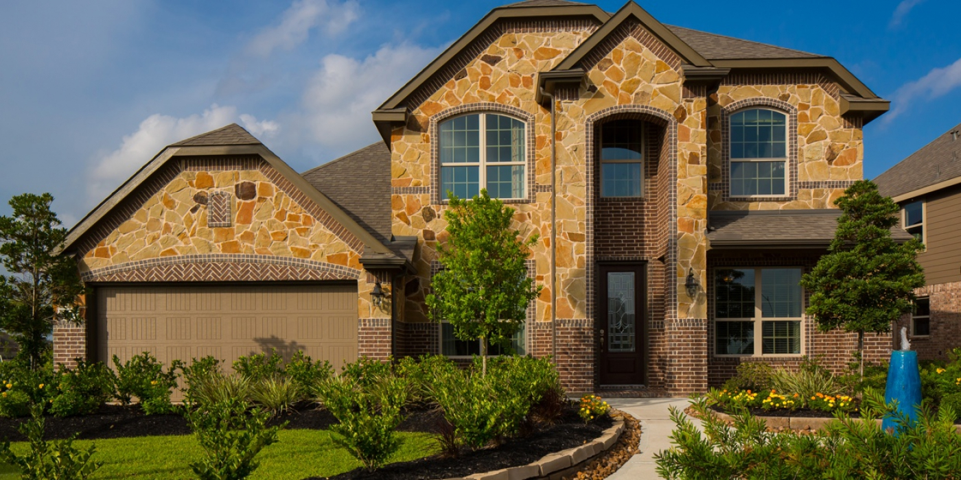 Devon street homes in pearland lakes of savannah for Houston home designers
